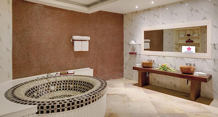 Yihup Villa Suite Bedroom